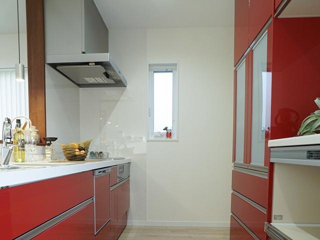 ギャラリー画像1:クロス選びが上手なカラーで楽しむお家