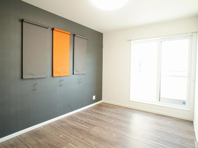 ギャラリー画像5:クロス選びが上手なカラーで楽しむお家