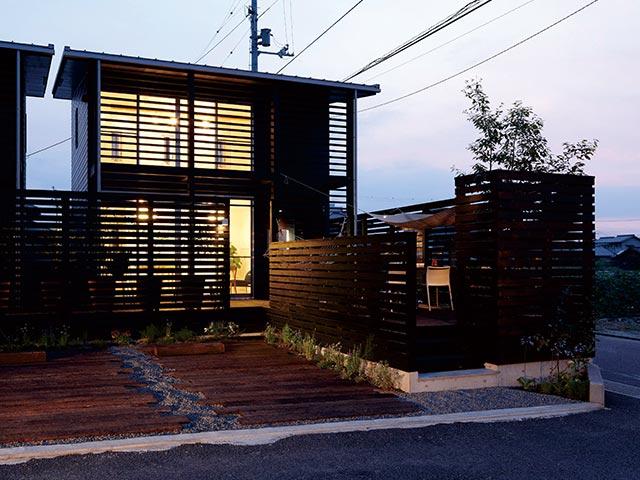 ギャラリー画像7:暮らしが広がる「外暮らしの家」