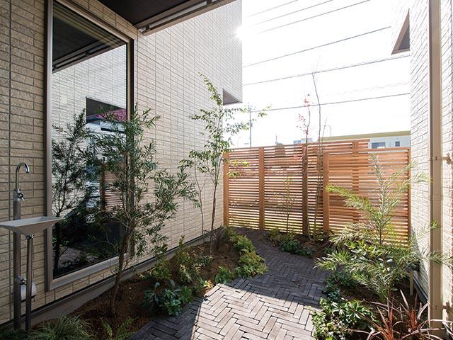 ギャラリー画像7:「中庭とBAR」で愉しむ家