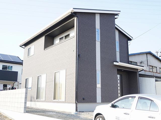 ギャラリー画像9:モノトーンでまとめたスタイリッシュな家