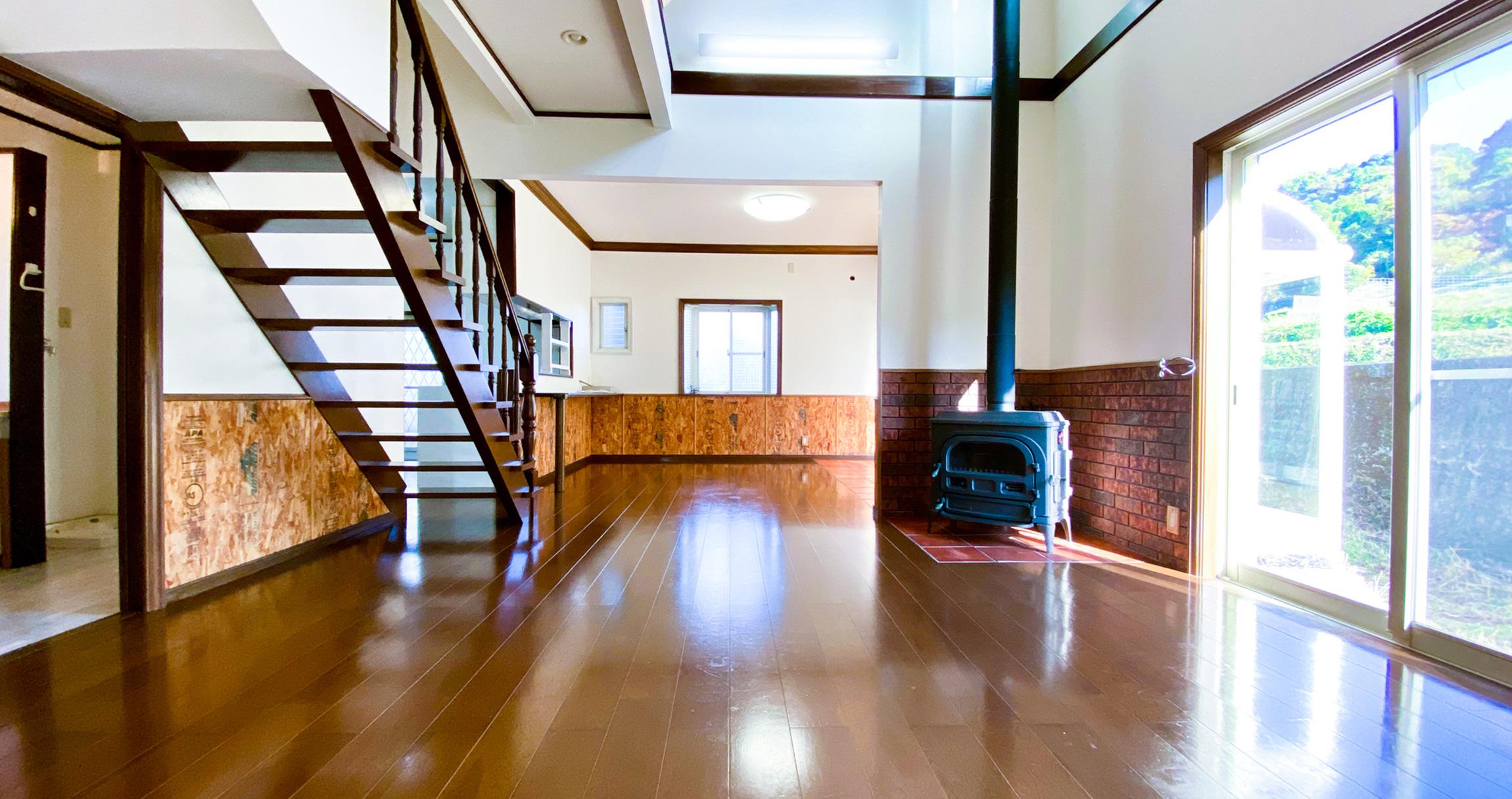 画像:北米の雰囲気を愉しむ 吹抜リビングの家