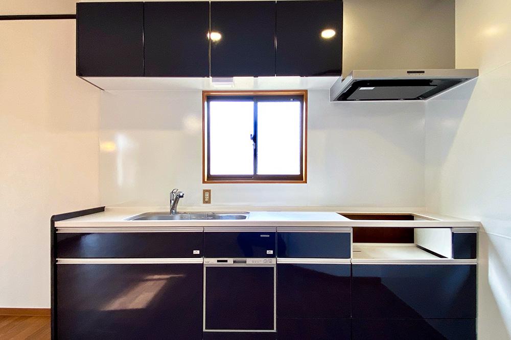 物件画像ギャラリー:素敵空間のダイニングキッチン ~予算を抑えて賢く暮らす家~