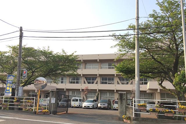 近隣画像:ロイヤルタウン松木町|新居浜市松木町