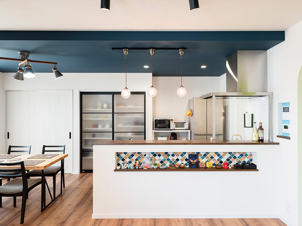ギャラリー画像1:色を楽しむ家